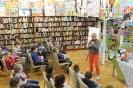 Joanna Olech w międzyzdrojskiej bibliotece