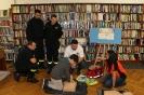 Strażacy z OSP w Lubinie w bibliotece 21 listopada 2019 r.